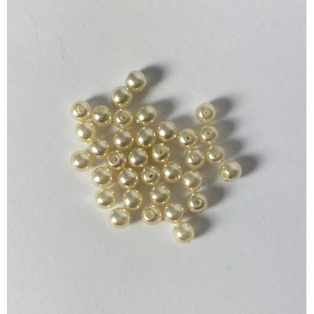 Voskové perle 3 mm - smetanová 35 ks